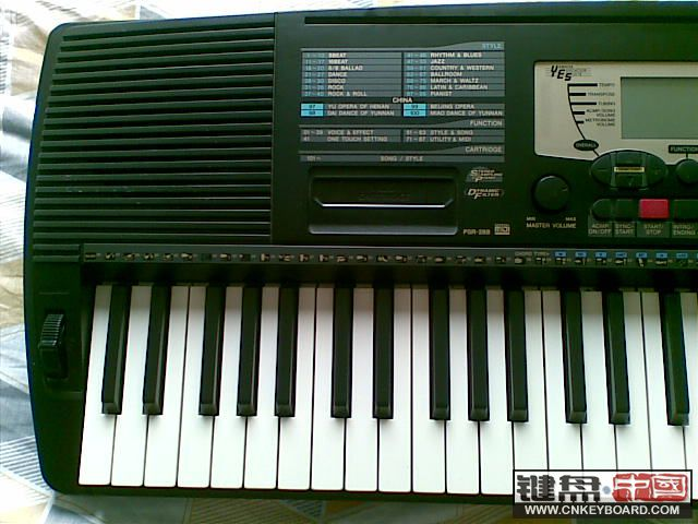 雅马哈电子琴上的示范曲卡农的谱子