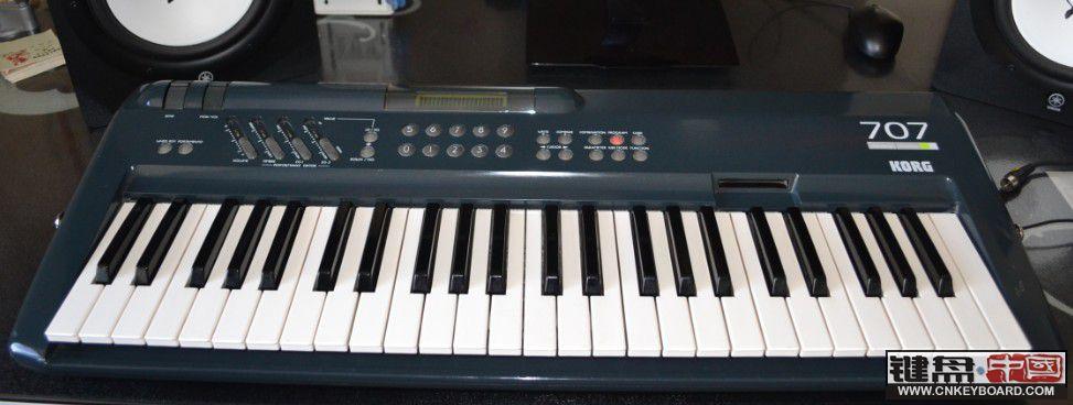 出日本原产 korg 707合成器与yamaha ypp-15 电钢琴图片