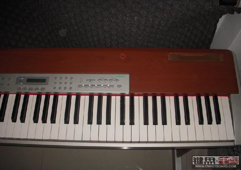出售8成新ensoniq 铃木 电钢琴 88键 1600元包物流费用图片